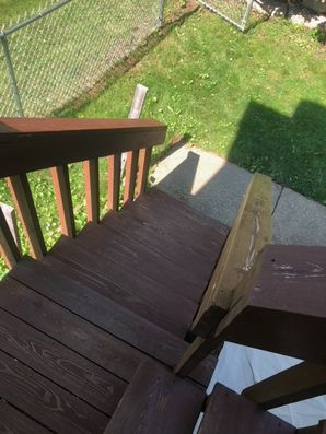 Before & After Deck Staining in Bloomington, IL (7)