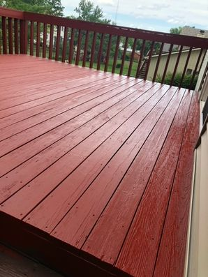 Before & After Deck Staining in Bloomington, IL (2)