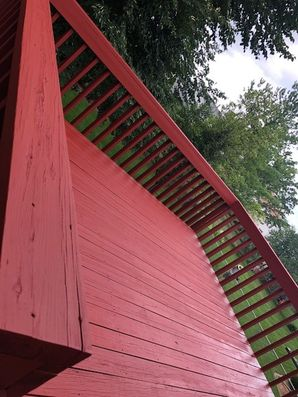 Before & After Deck Staining in Bloomington, IL (6)